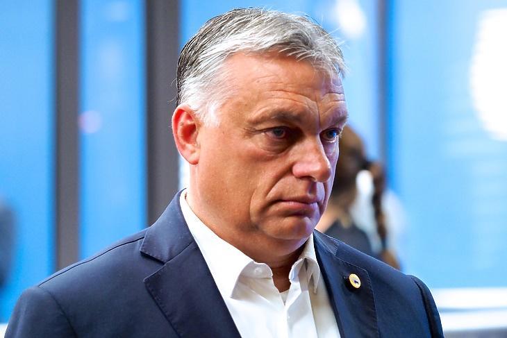 Egyre nagyobb a nyomás: Orbán Viktor az EU-csúcson Brüsszelben 2020. július 19-én. (Forrás: Európai Tanács)