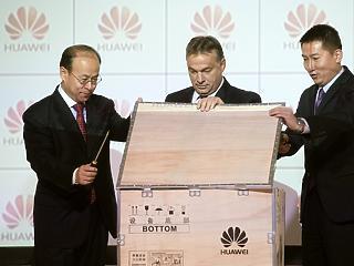 Kirobbant a technológiai hidegháború: példátlan támadás a Huawei ellen