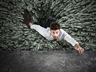 Bod Péter Ákos: Hogyan finanszírozható ekkora államadósság?