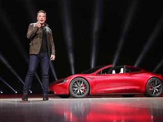 Elon Musk boldog: két év után először termelt nyereséget a Tesla