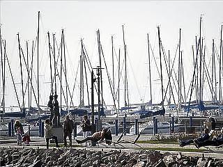 Leépítés és kikötőbezárás jöhet a balatoni hajózásban