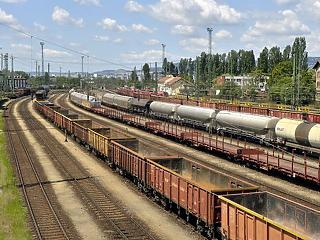 Drágulás a vasúton: jövőre többe fog kerülni az árufuvarozás