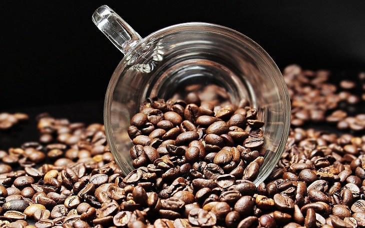 Kávészemek (Pixabay.com)