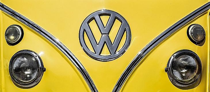 Győztek a vegánok a Volkswagennél, csak húsmentes étel lesz a kantinban