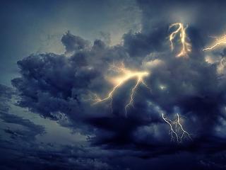 Mabisz: több mint kétmilliárd forintnyi kárt fizettek ki a biztosítók az idei viharszezon felénél
