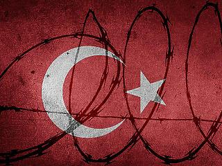 Hihetetlen: több ezer embert fogott már el Erdogan
