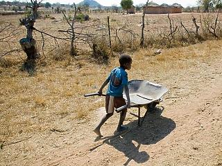 9 millióval több kiskorú kényszerülhet gyermekmunkára jövő év végéig a pandémia miatt