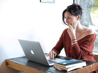 Most jobb, ha a biztosítási ügyeinket is online intézzük