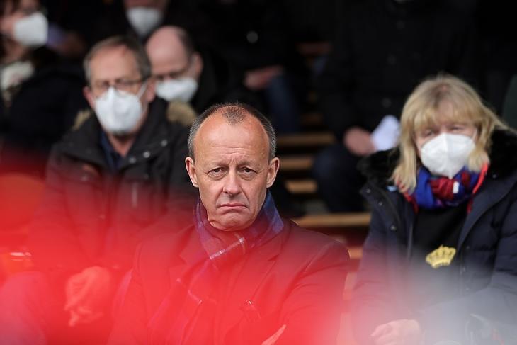 Borús kilátások: Friedrich Merz egy CDU-gyűlésen a németországi Arnsbergben 2021. április 17-én. EPA/FRIEDEMANN VOGEL