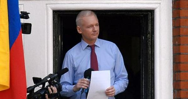 A CIA meg akarta gyilkolni, most 175 év börtön fenyegeti Assange-t