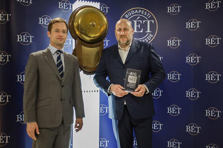 Boldog lehet Jászai Gellért (jobbra), a 4iG vezérigazgatója (fotó: MTI)