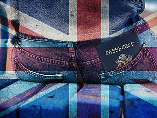 Kiakadtak: franciák gyártanák a brit útleveleket?