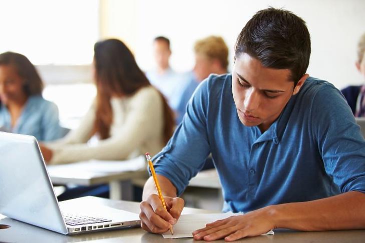 Mikor vizsgázzanak a szakképzésben résztvevők - az érettségi után most ez a kérdés