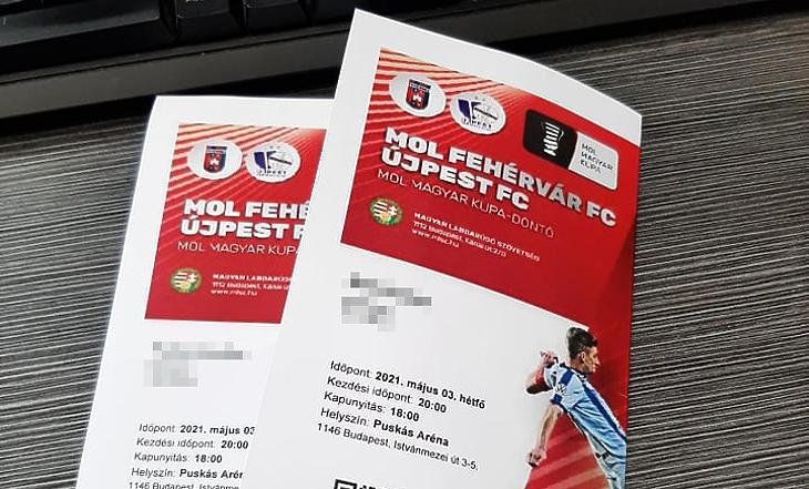 A jegy nehogy otthon maradjon! Fotó:privatbankar.hu