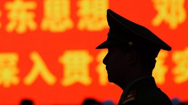 Kína kitilthatja Hszincsiangból az amerikai diplomatákat egy készülő törvény miatt