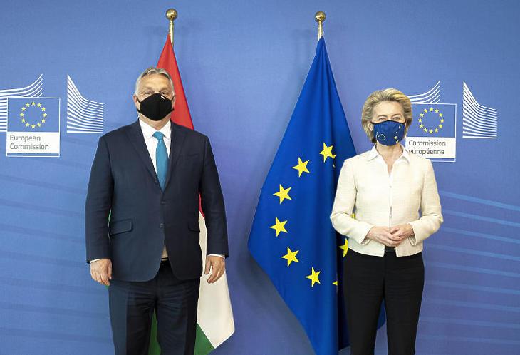 Orbán Viktor miniszterelnök és Ursula von der Leyen, az Európai Bizottság elnökének találkozója (Fotó: MTI/Miniszterelnöki Sajtóiroda/Benko Vivien Cher)