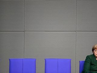 Merkel az egységet hirdeti, de fogalma sincs, mi legyen?