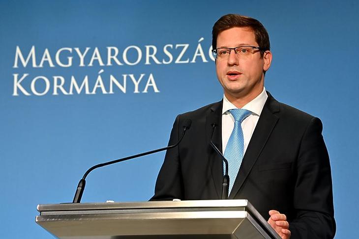 Gulyás Gergely 36 miliárd forintos beszerzést jelentett be (Fotó: MTI/Illyés Tibor)