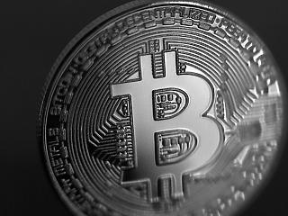 Egyre több jele van az új bitcoin-őrületnek, jelent a Tesla-rivális