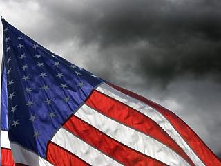 Valami bűzlik Amerikában – milyen pénzügyi és társadalmi aknák leselkednek?