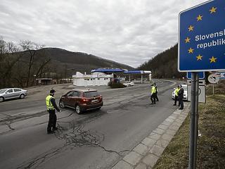 Szlovákiában elkezdték feloldani a korlátozásokat