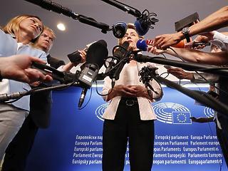 Orbán jövő héten találkozik Európa új nagyasszonyával