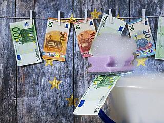 Odacsap az EU: keményen büntetik a pénzmosókat