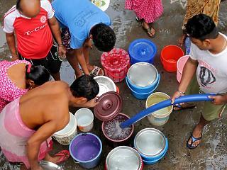Harc az ivóvízért: már az amerikai katonaság figyeli a zavargásokat
