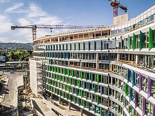 Közel 50 millió eurós hitelmegállapodást kötött a Futureal és az MKB Bank