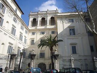 Jutnak százmilliók a Gazdaságvédelmi Alapból a Római Magyar Akadémiára is