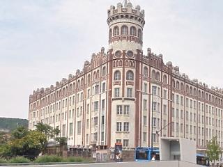 Az MNB az év végéig birtokba veszi a Széll Kálmán téri volt Postapalotát