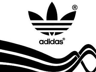Már nem csak az Adidas gyárthat majd csíkos melegítőket?
