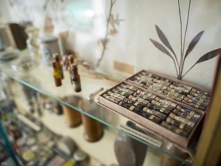 Homeopátia: most már kötelező lesz jeleznie a gyógyszerésznek, hogy a szer, amit megvettünk, nem is hat