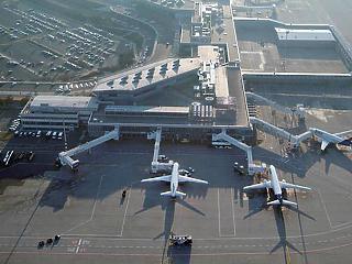 Orbán Viktor már a repülőtér visszavásárlására készül