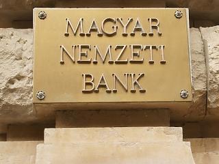 Mennyire etikusak a bankok? Vizsgálódott és büntettett az MNB