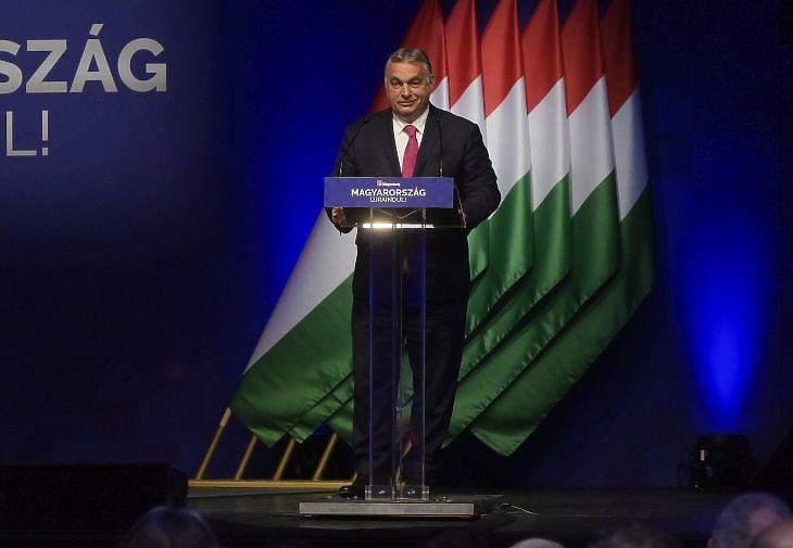 Orbán Viktor miniszterelnök beszédet mond a Magyarország újraindításáról szervezett konferencián 2021. június 9-én. MTI/Koszticsák Szilárd