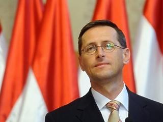 Várjuk Varga Mihály bejelentését – egymillió embert érint