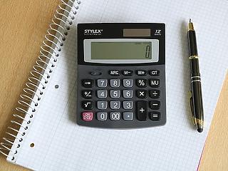 Az adók és járulékok azonnali csökkentése menthetné meg a vállalkozásokat