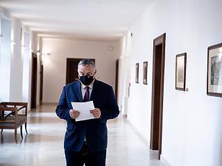 Hogyan tovább? Komoly döntéseket kell hoznia az Orbán-kormánynak a héten az újraindításról