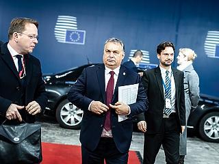 A nap képe: Orbán eltökélt arccal érkezett Brüsszelbe