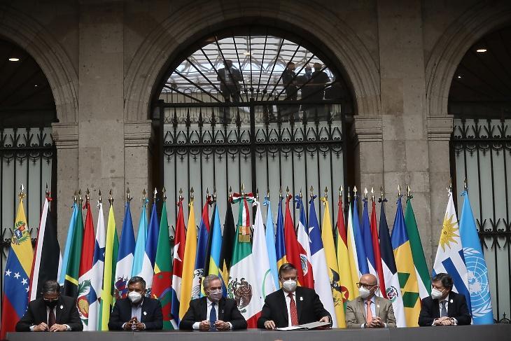 Ecuador, Bolívia, Argentína, Mexikó, Costa Rica és Paraguay külügyminiszterei a CELAC egy korábbi ülésén. Fotó: EPA/Sashenka Gutierrez