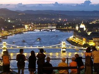 Brüsszelből kaphatnak pénzt a turizmusból élő vállalkozások