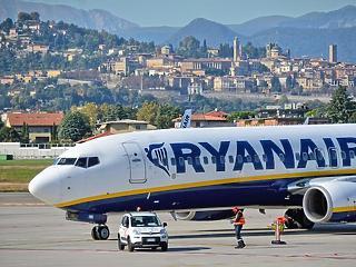 Kereskedési hiba Frankfurtban és Budapesten, leépítések és fizetéscsökkentések a légitársaságoknál