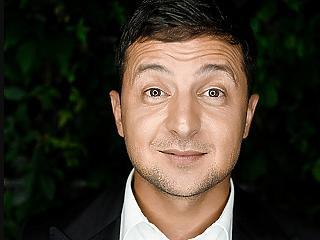 Élen a dumaszínházi humorista az ukrán elnökségért folyó versenyben