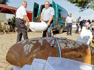 Elmentek a falig a pékek - muszáj egy nagyot emelni a kenyér árán