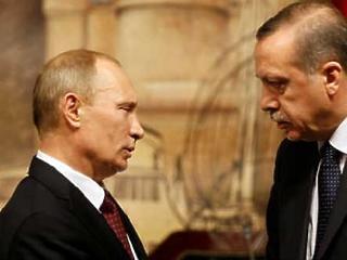 Putyin és Erdogan egymásnak esett – Trump is bekapott egy jobbost