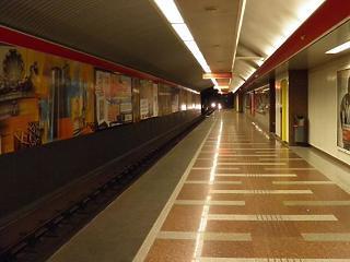 Füst volt a metróban, de nem a szokott vonalon