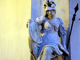 Megtudtuk, mennyi vagyona van a Pallas Athéné alapítványoknak