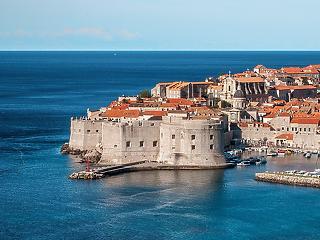 Több lehet az Adria - ingyen oltják a külföldi turistákat
