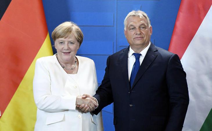 Orbán Viktor és Angela Merkel a komoly konfliktusokat mindig sikerült elsimítani (MTI fotó - Koszticsák Szilárd)